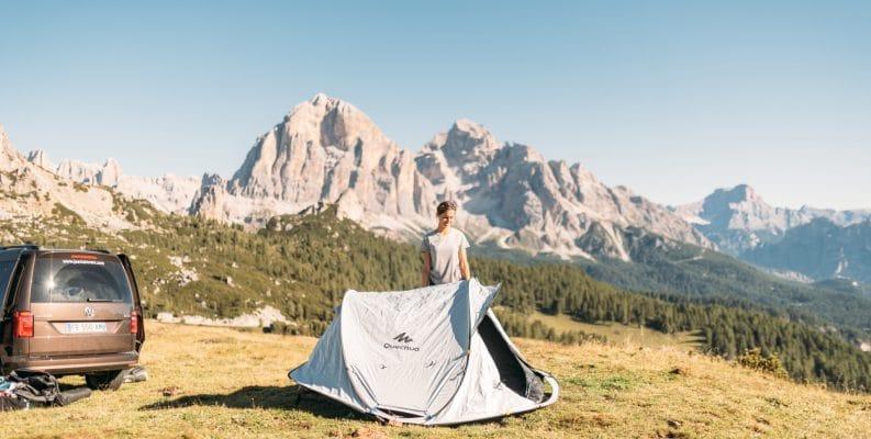 The Quechua pop-up tent being set up